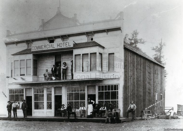 Commercial Hotel in Cranbrook c.1898