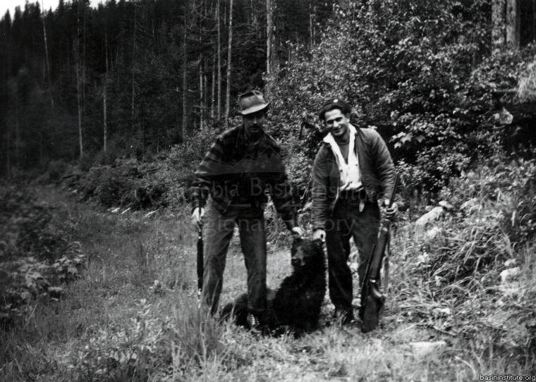 Hunting Black Bear in the East Kootenay area c.1948